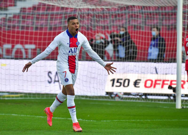 Mbappe erzielte beim 4:1 Hinspiel gegen Barcelona drei Tore