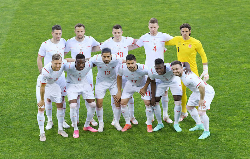 Die Schweizer Nationalmannschaft muss im ersten Spiel der EM gegen Wales antreten